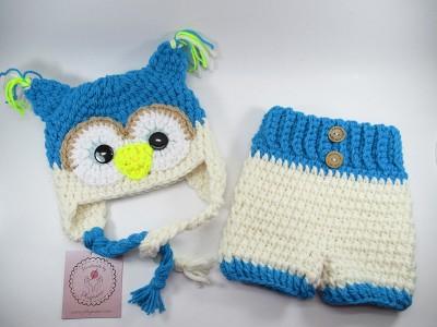 Χειροποίητο set για νεογέννητα, σκούφος Κουκουβάγια με γάντια, παπουτσάκια και παντελόνι.